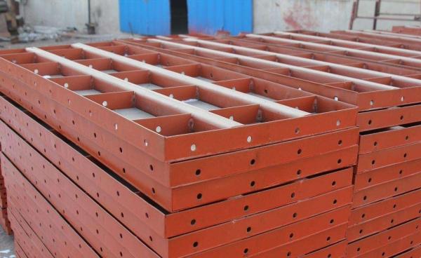 什么叫组合钢模板 组合钢模板有哪些组成部分